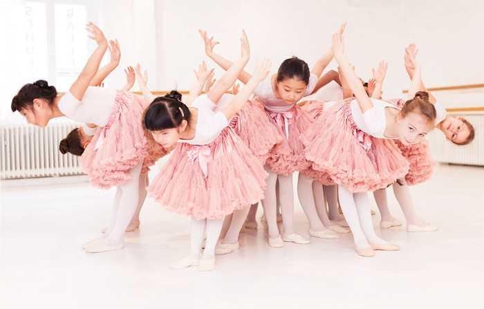 Ballettschule Niederkassel Kreativer Kindertanz ab 4 Jahre